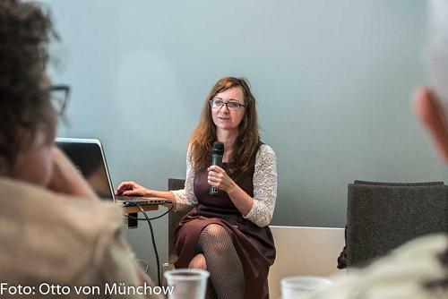 Larysa Schhyrakova berättar om svårigheterna att arbeta som frilansjournalist i Vitryssland.
